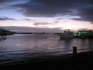 The harbor in Oranjestad at dusk