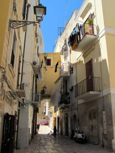 Little alleyways in Bari